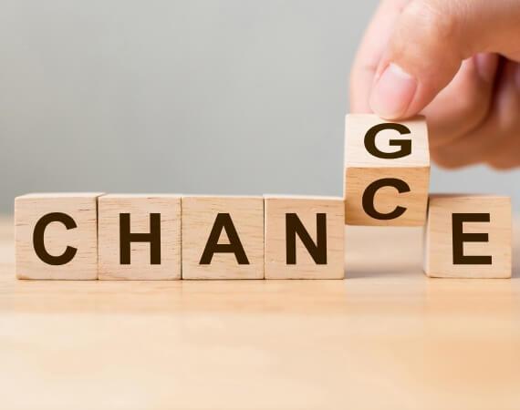Change- Chance Buchstaben auf Holzwürfel